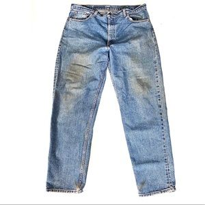Levi's 550 Relaxed Fir Destroyed Distressed Jeans